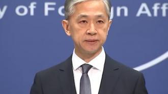 """В МИД Китая заявили, что большая часть ракеты """"Чанчжэн-5Б"""" сгорит в атмосфере"""