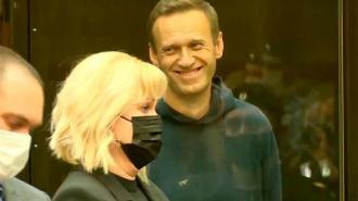 Алексея Навального перевели в медсанчасть с симптомами ОРЗ