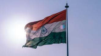 В реке Ганг в Индии обнаружили десятки тел жертв COVID-19