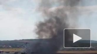 В аэропорту Геленджика упал и загорелся вертолет, погибли два человека