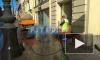 Коммунальщики отмывают Невский проспект от зимы (видео)