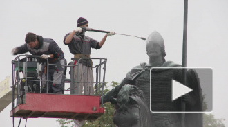 Александр Невский принял душ прямо на коне