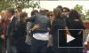 Видео  с похорон Эми Уайнхаус