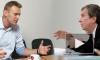 Навальный грубо обругал Сечина в ответ на скандальные намеки