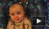 Видео младенца, со слезами слушающего пение, стало хитом интернета