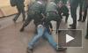 """На станции """"Сенная площадь"""" скрутили буйного пассажира"""