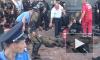 Десятки полицейских и горожан получили ранения после взрыва боевой гранаты у Верховной Рады