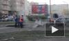 Коммунальщики не могут устранить прорыв теплосети на Варшавской улице уже несколько часов