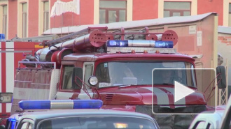 В Петербурге горел старый дом в центре города, восемь человек пришлось эвакуировать