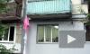 Грабительница пыталась сбежать по простыням из ограбленной квартиры, в которой ее заперли