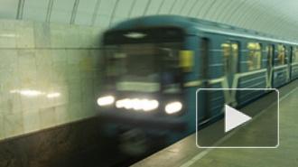 Мать толкнула коляску с ребенком на рельсы метро, повздорив с мужем