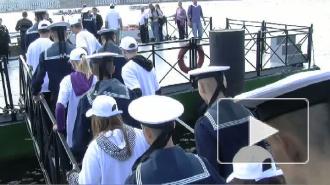 22 августа петербуржцы отметили день флага