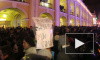 У Гостиного двора в Петербурге хватают журналистов, школьников, инвалидов, люди поют гимн и хотят идти к ЗакСу