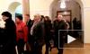Видео: петербуржцы со слезами прощаются с Олейниковым