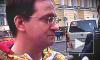 Мединский загасил олимпийский огонь в Петербурге, а ЛГБТ махали ему радужным флагом