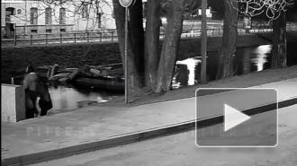 Появилось видео спасения экстремала из ледяной Карповки