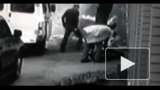 Зверское избиение полицейскими дворника в Подмосковье попало на видео