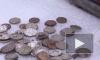 В лапе грифона на Банковском мосту при демонтаже нашли клад