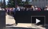 Поклонники Жанны Фриске прорывались к могиле во время похорон на Николо-Архангельском кладбище
