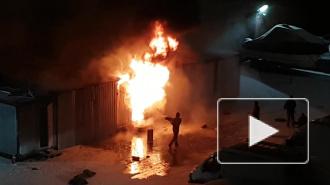 """На территории БЦ """"Обводный двор"""" вспыхнул пожар"""