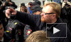 Милонов снова устроил потасовку с ЛГБТ-активистами на первомайском шествии
