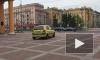 Видео: водитель решил сократить путь через Московский Парк Победы