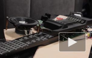 Студенты ИТМО презентовали умную гитару с расширенными возможностями