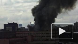 Новый крупный пожар в Петербурге: горят склады в районе Дыбенко