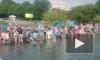 Появилось видео гуляний десантников в Парке Горького, во время которых утонул мужчина