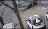 Во Владивостоке водитель насмерть сбил женщину и маленького ребенка на тротуаре