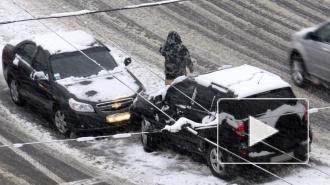 День жестянщика в Петербурге: почти тысяча ДТП из-за снегопада