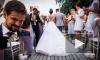 СМИ нашли Анатолия Чепигу на фото со свадьбы дочери генерала ГРУ