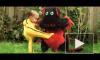Видео: годовалый малыш побеждает дракона в пародии на «Убить Билла»