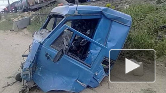 В Тульской области пассажирский поезд врезался в КАМАЗ, есть жервты
