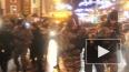 Митинг у Гостиного двора: в руках ОМОНа оказался годовал...