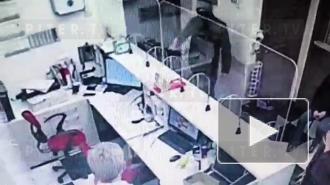 Вооруженный мужчина ограбил психиатрическую клинику в Петербурге