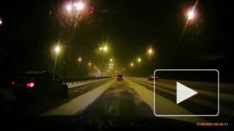 Массовая авария на КАД в Петербурге произошла из-за мокрого снега