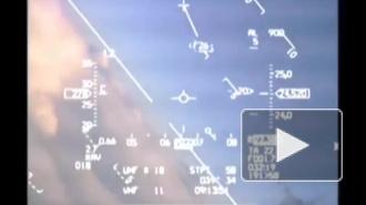 В интернете опубликовали видео, как российский истребитель МиГ-31 напугал пилота норвежского самолета F-16