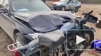 Водитель BMW врезался в мотоцикл с тремя подростками под Красноярском