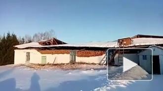 В сельской школе Татарстана обрушилась кровля
