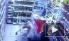 Неадекватный москвич выстрелил в проходившую мимо женщину и жестоко избил ее сына