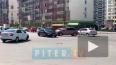 Lada XRAY и Chevrolet не поделили дорогу в Кудрово