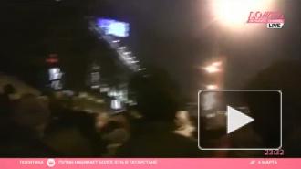 На Манежной, где плакал Путин, выдавали по пятитысячной купюре на 8 человек