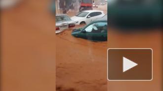 СМИ: сильные ливни прошли на острове Крит