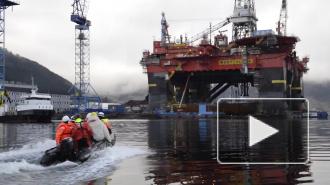 Российский танкер Михаил Ульянов смог пришвартоваться в порту Роттердама после акции «Гринпис»