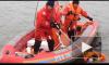 Двое смельчаков сиганули с разведенного Литейного моста: один не выплыл