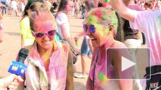 На фестивале красок петербуржцы испортили тонну одежды