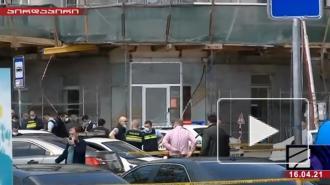 Вооруженный человек захватил заложников в банке в Тбилиси