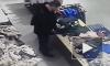 Видео: саратовец облегчился на одежду в бутике