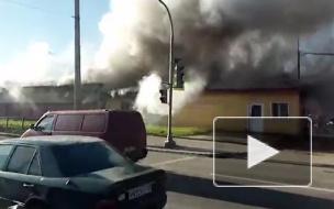Появилось первое видео страшного пожара на Дальневосточном проспекте